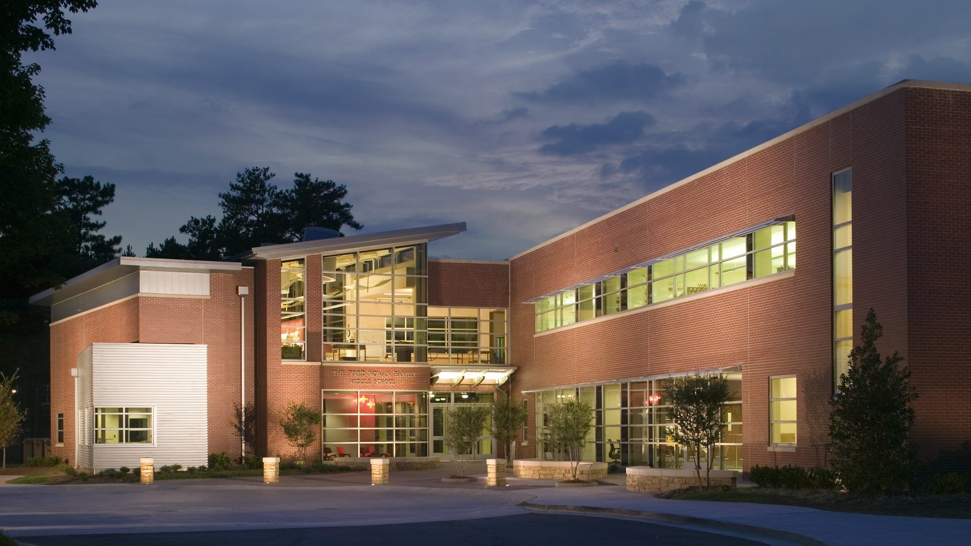 Project: The Fred Rowan Family Middle School Architecture And Interior  Design: Collins Cooper Carusi