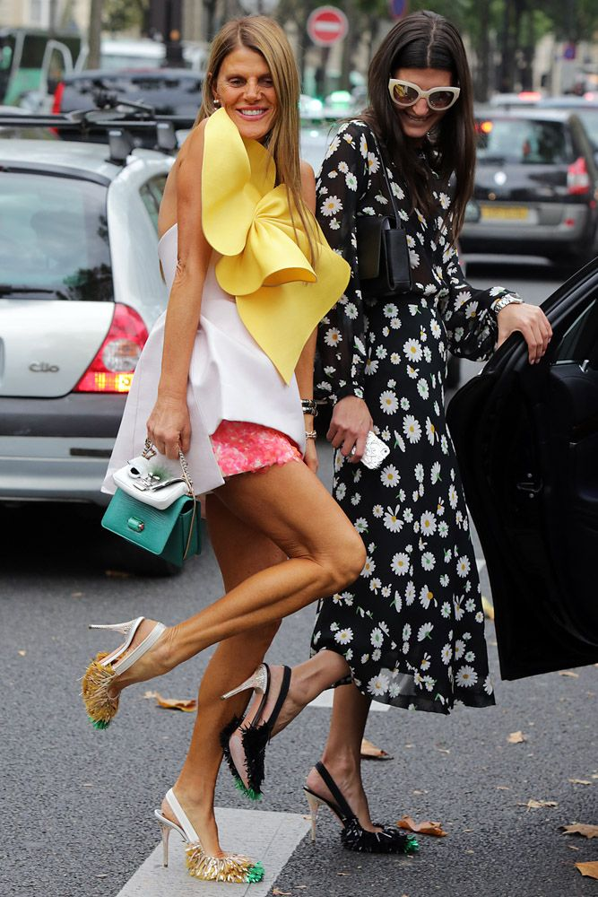 Anna and Giovanna in Rochas Shoes