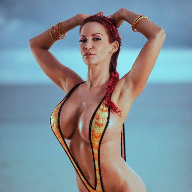 #biancabeauchamp #hot #body #cool #redhead #canadian #model #fit #fashon #fitness #goddess #tombraider #love #lips #sea #summer #instalike #instafollow #instagood #instafit #instafashion