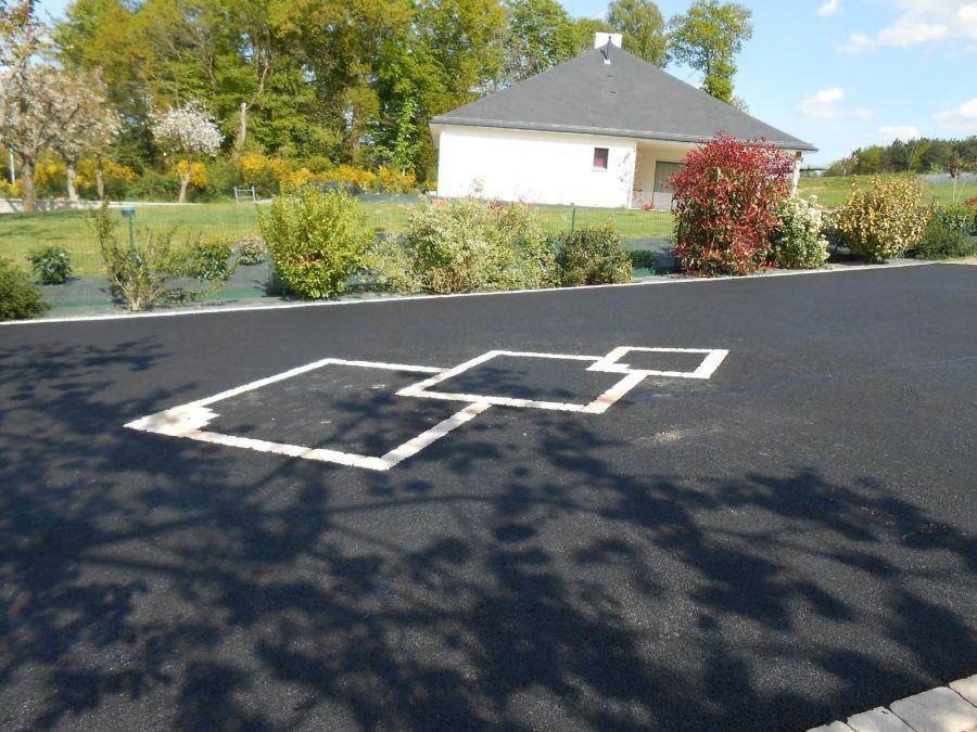 acc s au garage et la maison apr s enrob s terrasse pinterest. Black Bedroom Furniture Sets. Home Design Ideas
