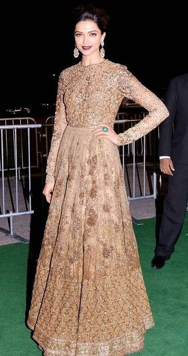 Bollywood Actress Wear Hot Golden Dresses 2017 Jewelry