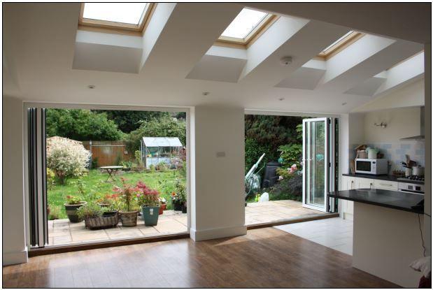glasfaltwand wohnraum und terrasse verschmelzen helle r ume und grossz gigkeit sch ner kann. Black Bedroom Furniture Sets. Home Design Ideas