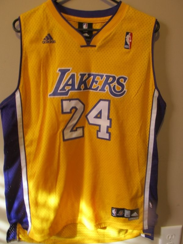 925f5ea22 Adidas Authentic Kobe Bryant Los Angeles Lakers jersey , youth X-large -  Basketball-NBA