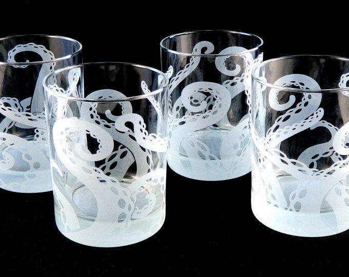 Octopus Tentacles Drinking Glass Glassware Set Kraken Etched Engraved Glass Set Of 2 Or 4 Etched Glassware Glassware Set Glassware
