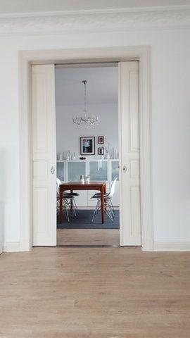 Blick Ins Esszimmer #altbau #interior #flügeltür #stuck #esszimmer Stuck,  Alter