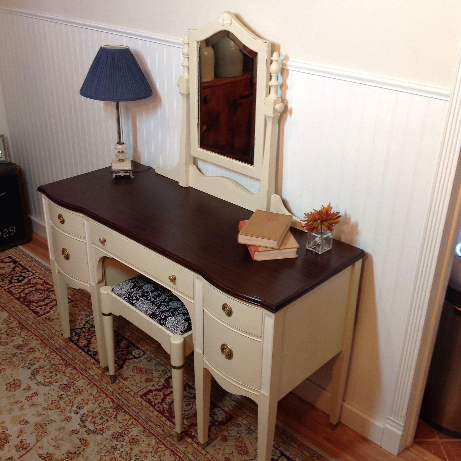 Dressing Table Going On NH Craigs List
