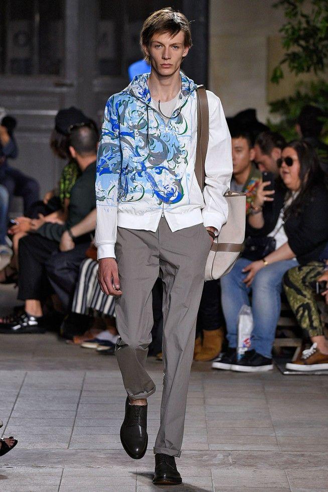 Coleção // Hermès, Paris, Verão 2016 RTW // Foto 17 // Desfiles // FFW