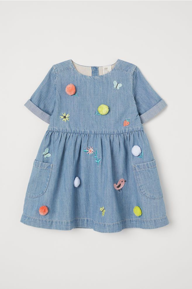52b8dc19e9cc H M Embroidered Denim Dress - Blue