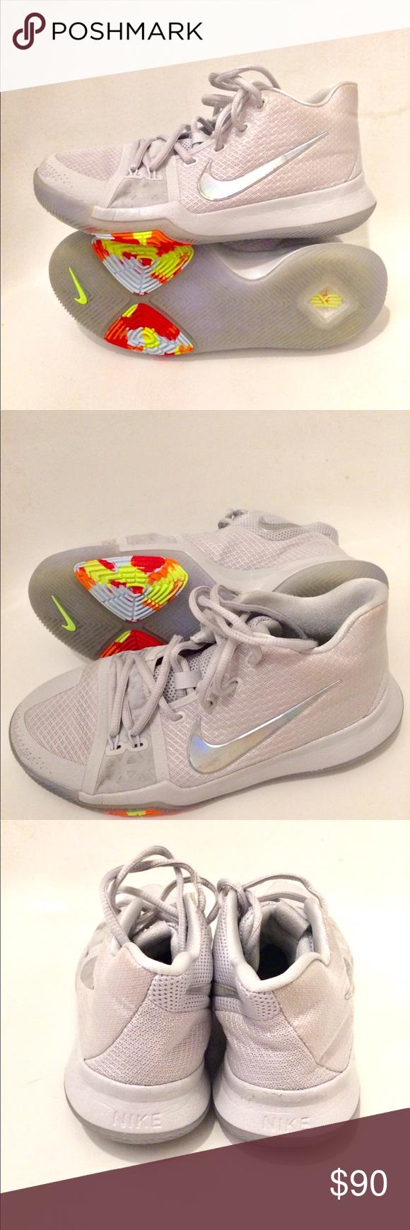 Nike Youth Basketball Shoes Size 5