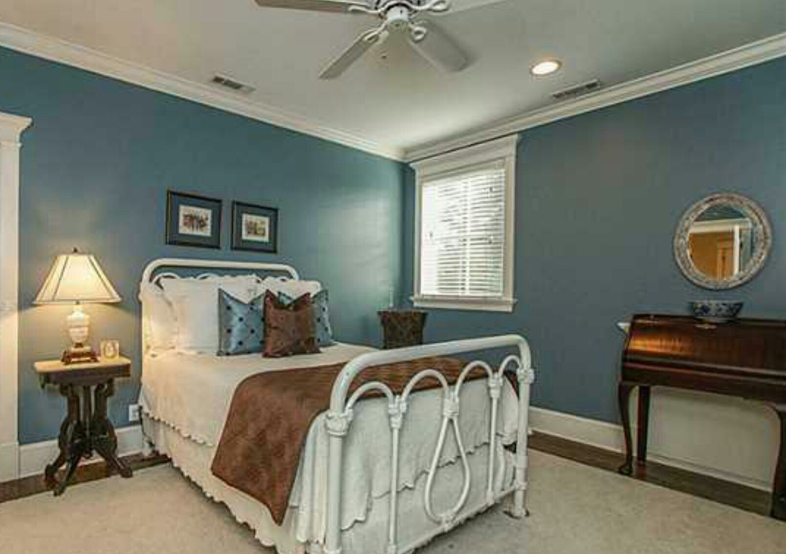 Great colors for a guest bedroom