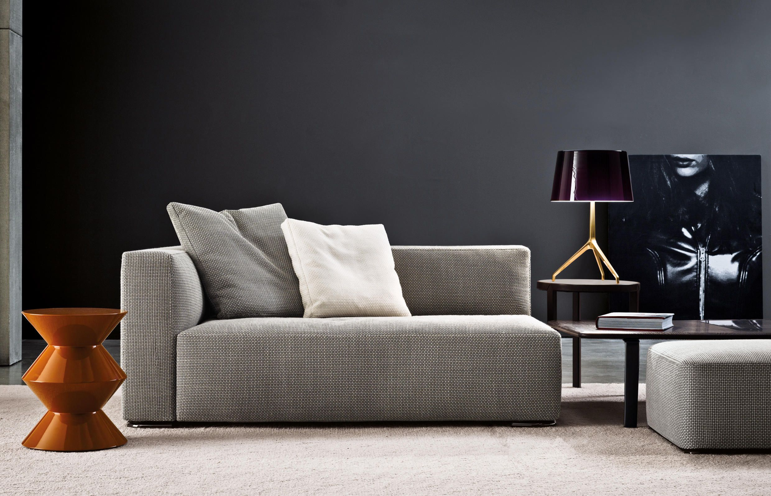 Donovan Designer Sofas From Minotti All Information High Resolution Images Cads Catalogues Contact Information Find Your Sofa Design Minotti Sofa