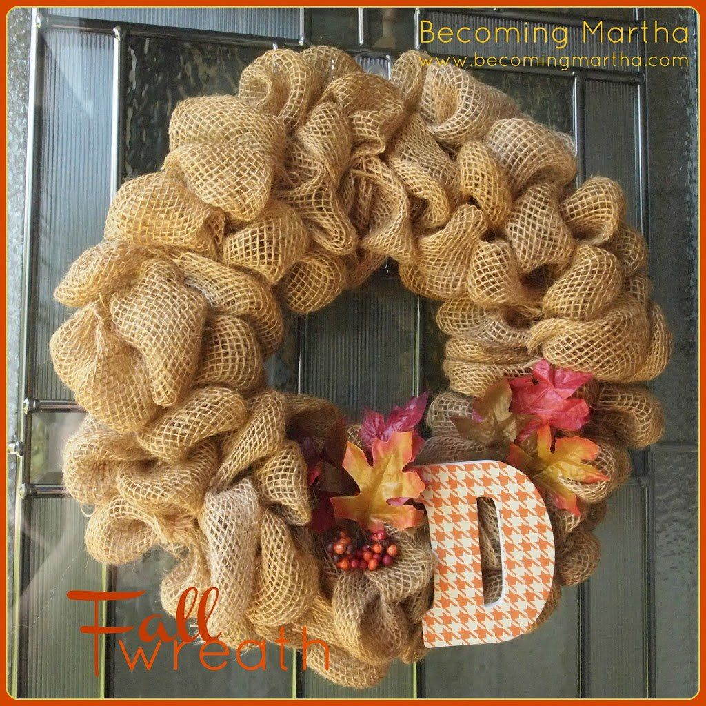 15 Wonderful Fall Wreaths. The Weekly Round Up Series. | The Crafting Nook by Titicrafty