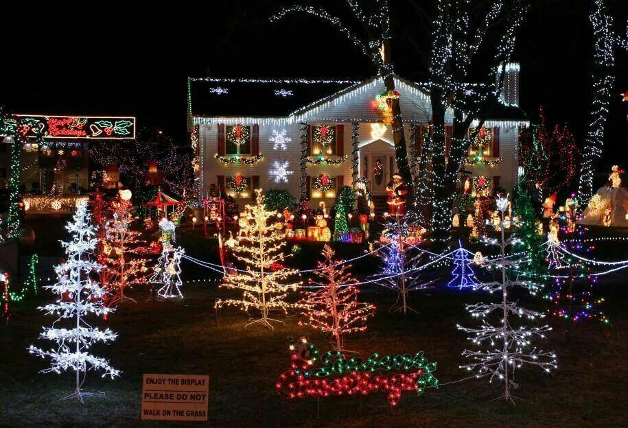 Pin By Chris Brown On Christmas N New Years Holiday Lights Display Christmas Light Show Hanging Christmas Lights