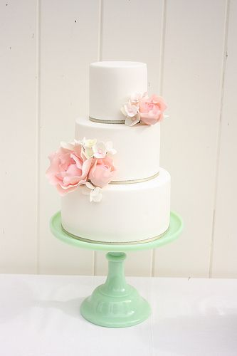 Pink peony and hydrangea cake. Love how clean lined this cake is.