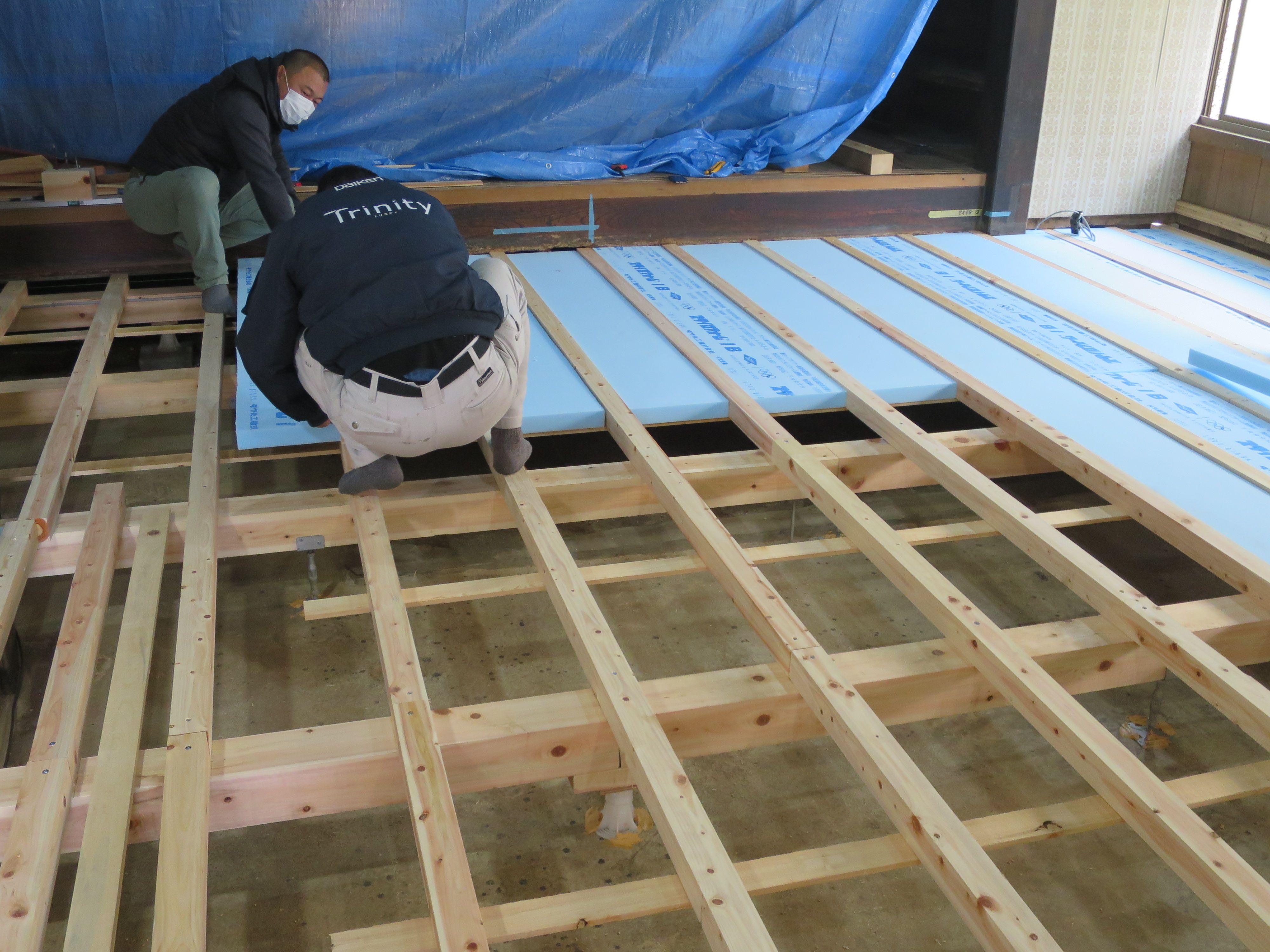 断熱材 厚み5センチ取付け 修復 断熱材 リフォーム