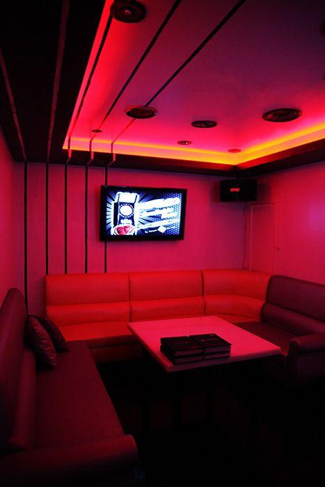 Room 6 Large View 2 Studio Lounge Karaoke Toronto Karaoke Room Red Rooms Remodel Bedroom