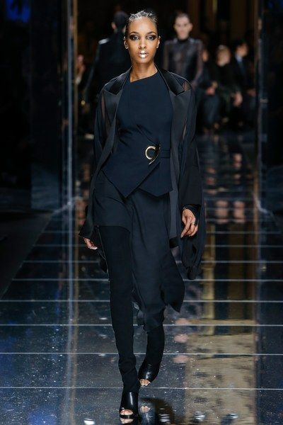 View The Complete Fall 2017 Collection From Balmain