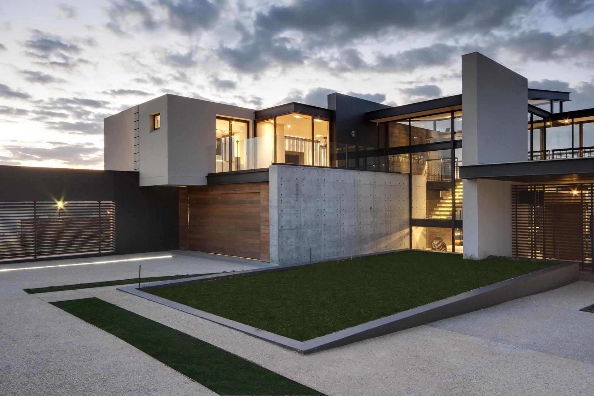House Boz by Nico van der Meulen