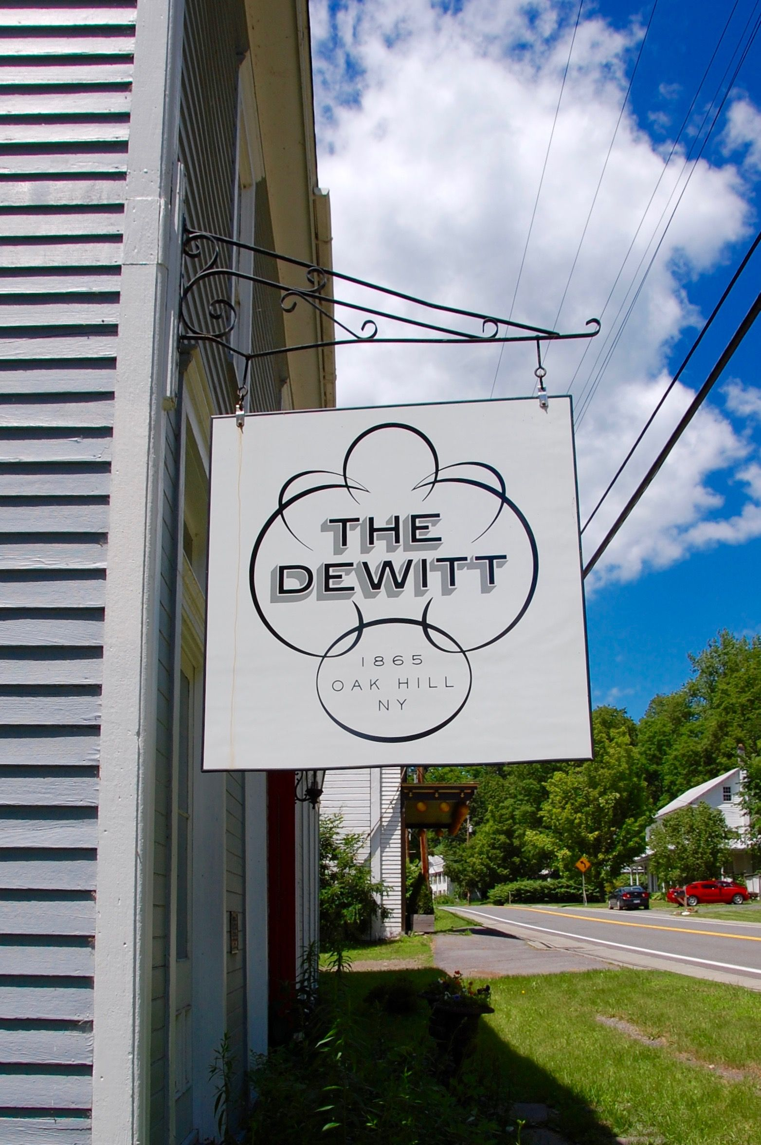 The Dewitt Oak Hill Comfort, Charm, and Glamour on the
