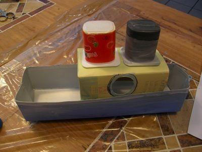 Bateau recycl fabriquer un jouet loisirs cr atifs ecole pinterest loisirs cr atifs - Fabriquer un bateau en papier ...
