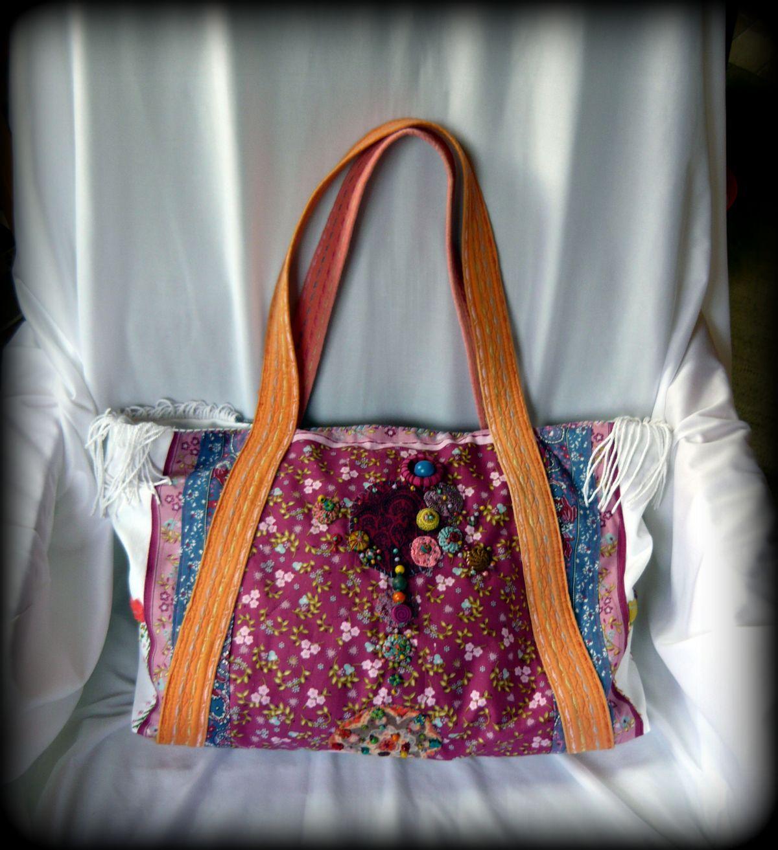 Bohém nyári táska -Handmade by Judy Majoros  Fehér farmeranyagra dolgoztam  rá különböző mintás anyagokat 6b487cef53
