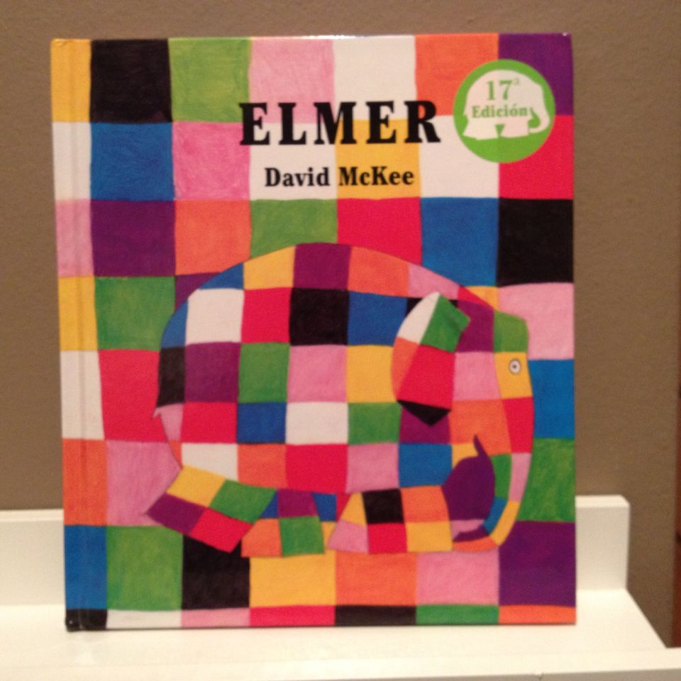 Elmer A partir de 4 años. Sobre todo muy tierno. Las ilustraciones son muy asequibles para esta edad.