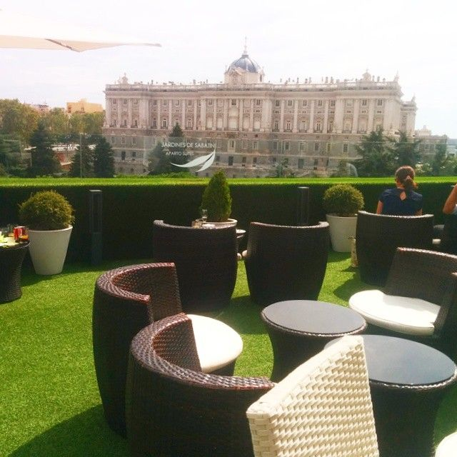 Apartosuites Jardines De Sabatini Madrid En Madrid Madrid