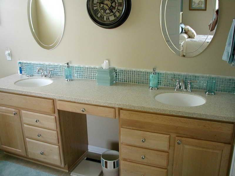 Mosaic vanity backsplash fail bathroom3 pinterest for Images of bathroom backsplashes