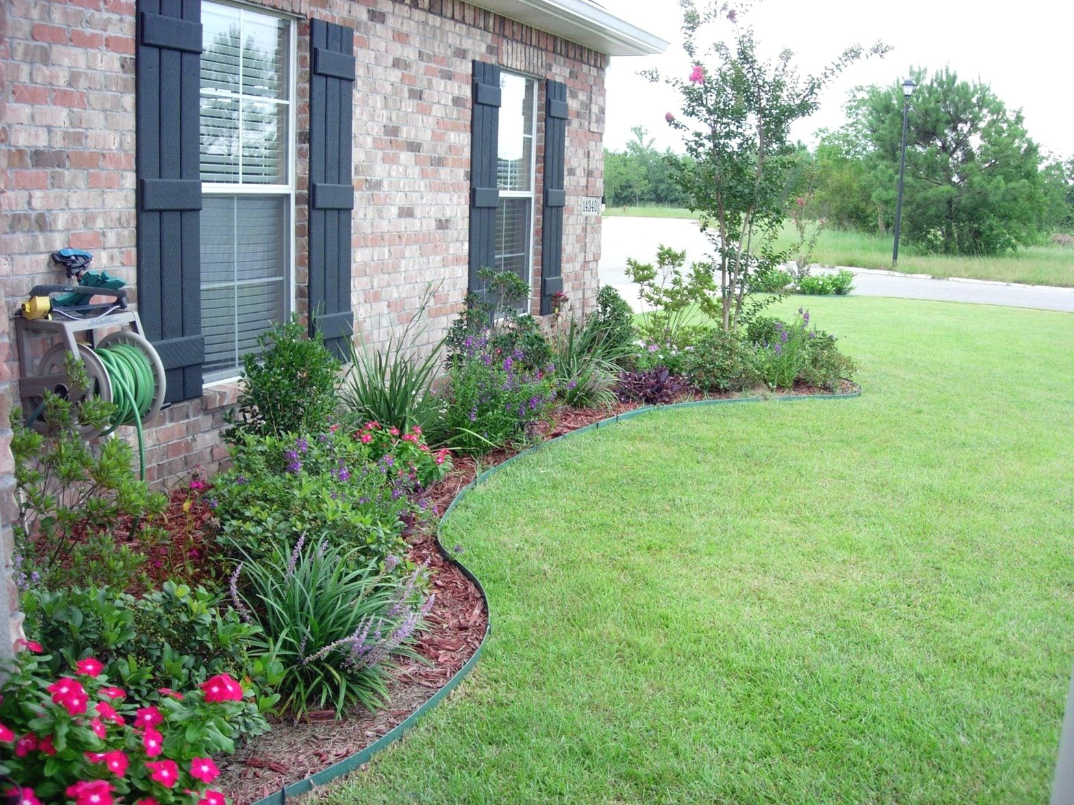 Small Front Garden Ideas On A Budget