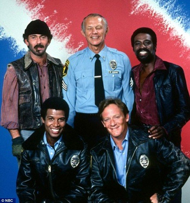Bruce Weitz as Det  Mick Belker, Michael Conrad as Sgt  Phil