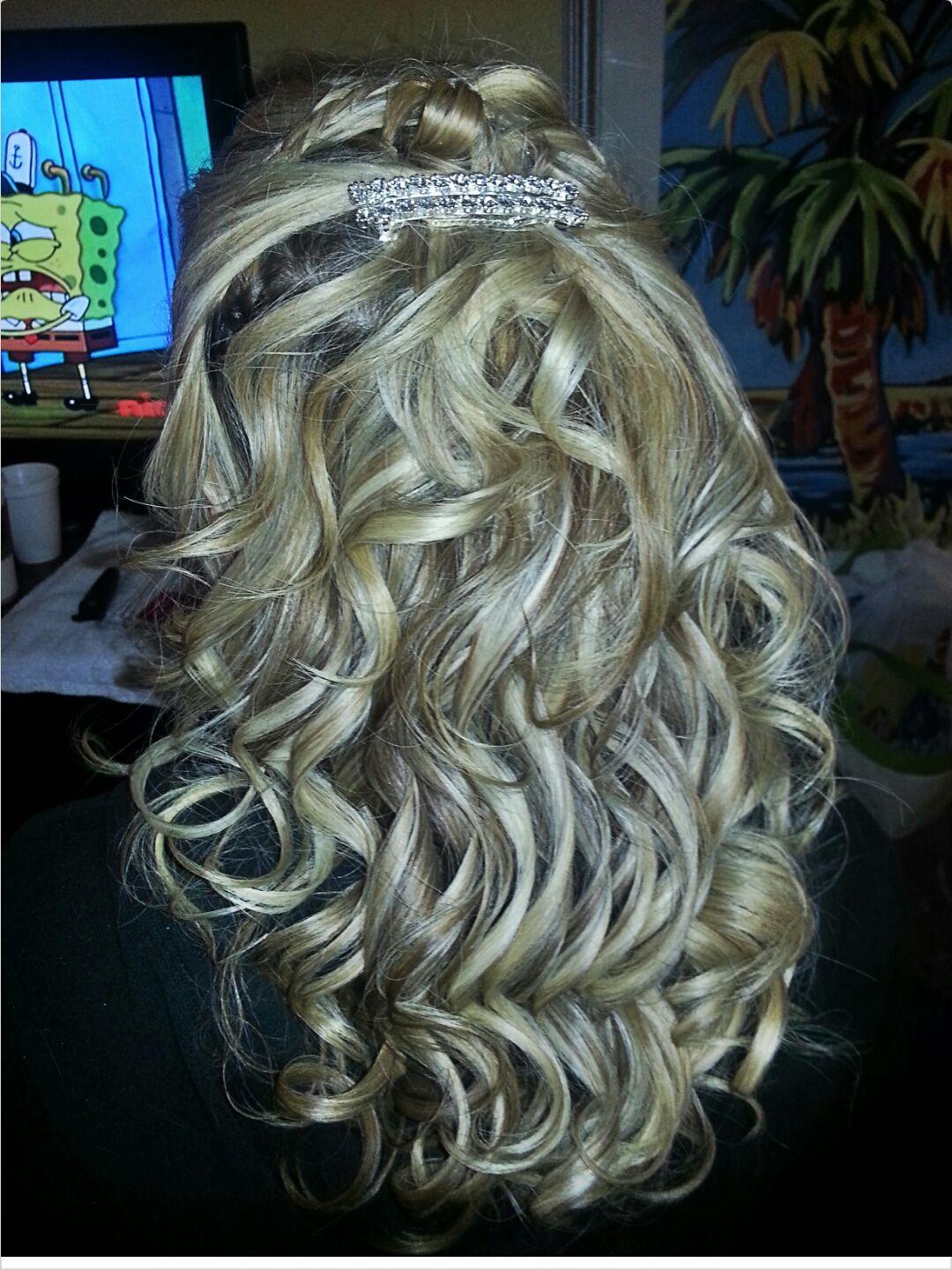 Bridesmaid Wedding Hairstyle, wedding makeup, Bridal Hair