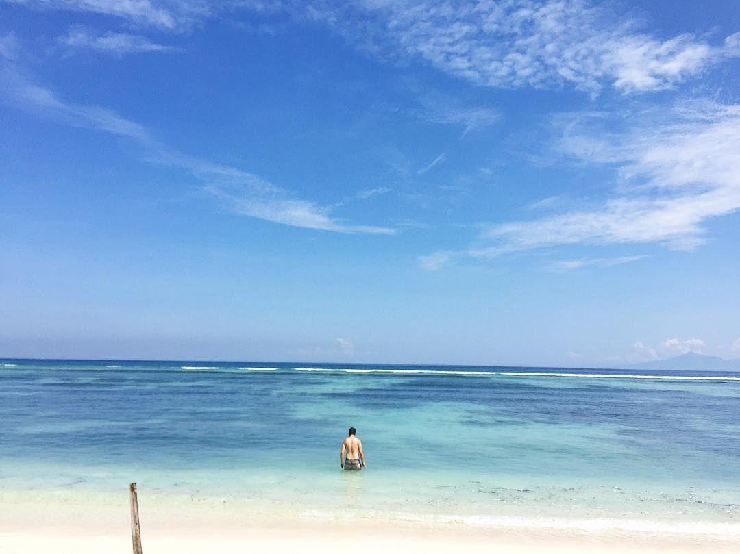Blue skies and bike rides  #balivibes #bali #indonesia #beach #ocean #summer #sunshine #chill #bluesky #holiday #travel #adventure #giliislands #gili #gilit #gilitrawangan #happy #love #lovelife #amazing #beautiful by eado http://bit.ly/AdventureAustralia
