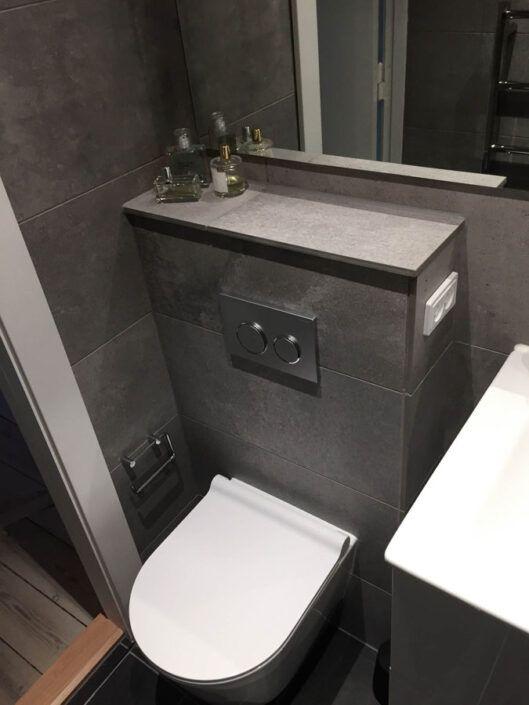 Find inspiration til det lille badeværelse i vores case på Frederiksberg!