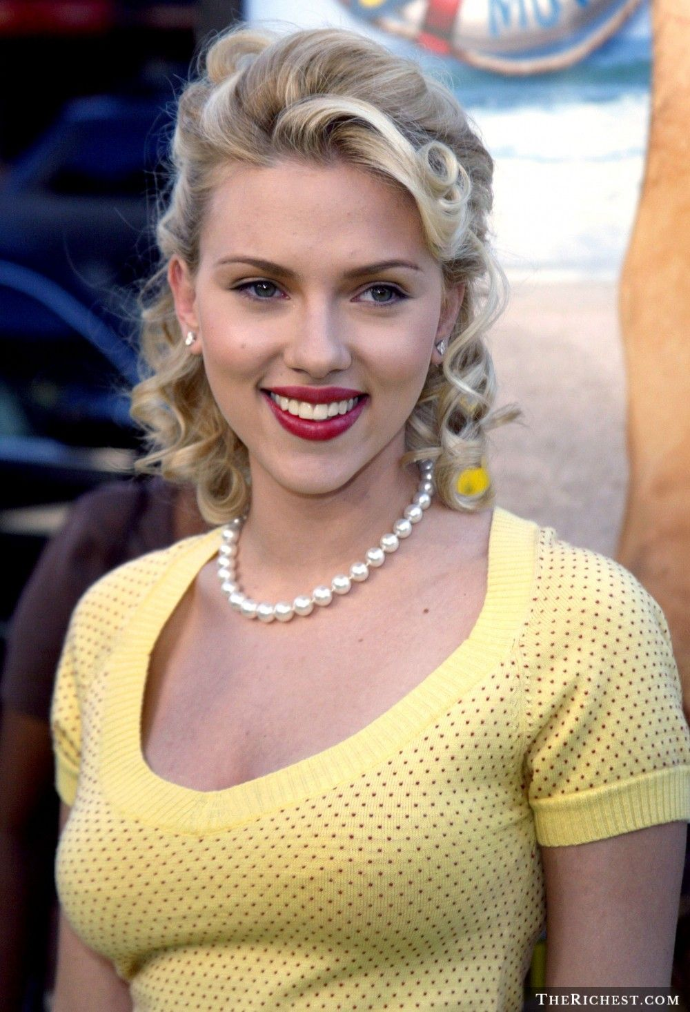 15 Surprising Things You Didn T Know About Scarjo Scarlett Johanson Scarlett Johansson Scarlet Johansson