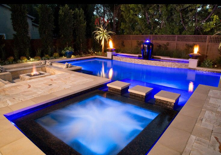 Wow mission pools of escondido built this pool features for Pool design kelowna