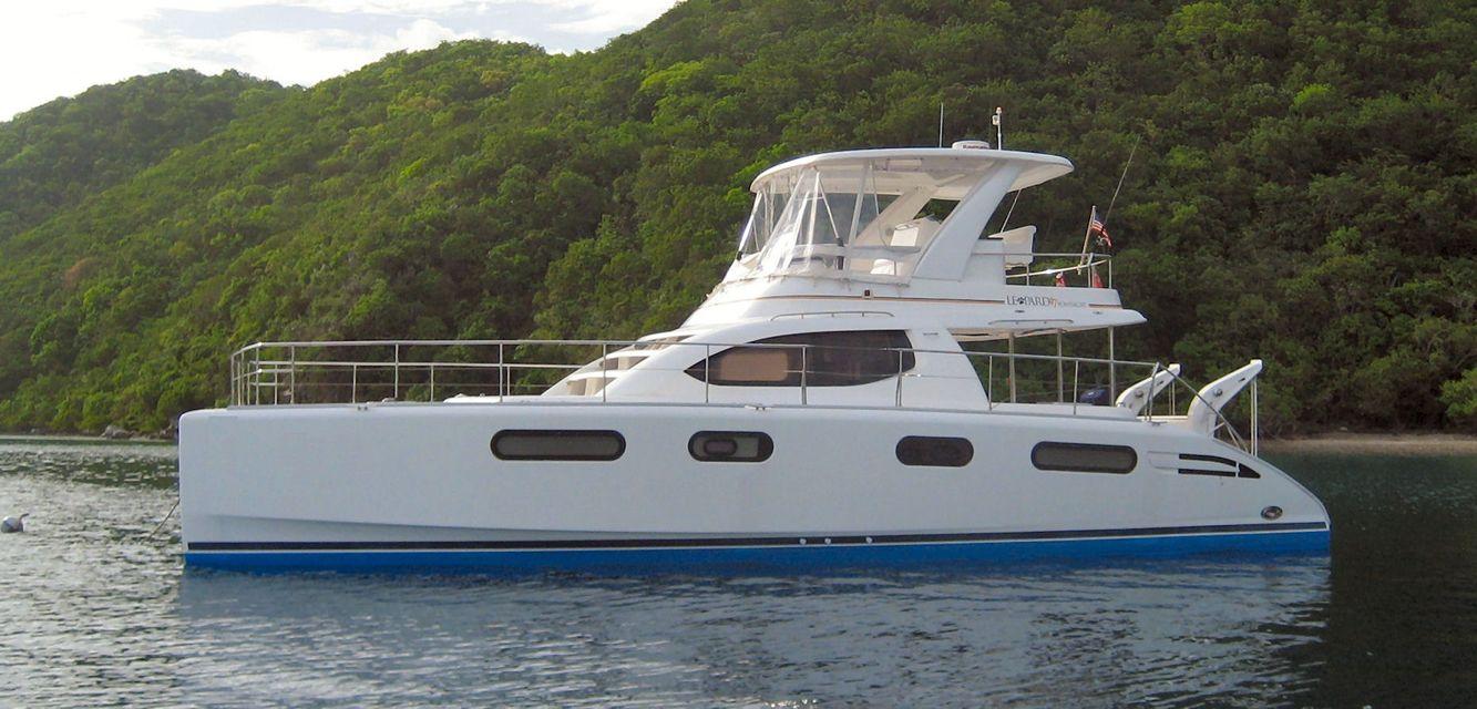 Power catamaran designs - Power Catamaran My 44 Fountaine Pajot Power Catamarans Pinterest Power Catamaran Catamaran And Motor Yacht