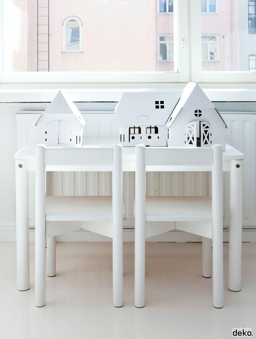 Las casitas de Calafant quedan chulas hasta sin pintar. En Castillos en el Aire las tenemos, of course que si.