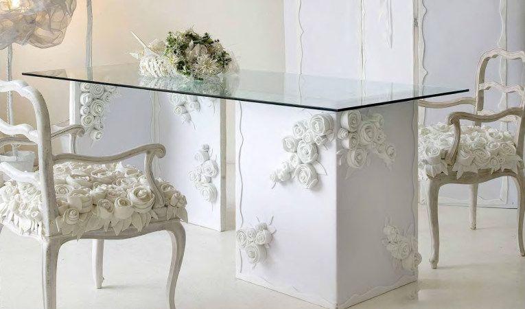 13 Ricrea هى شركة تهتم بإنشاء أشكال و تصاميم جديدة و تستخدم مواد مختلفة مثل الورود انقر على الصورة لرؤية منتجاتها اثاث منز Home Decor Furniture House Design