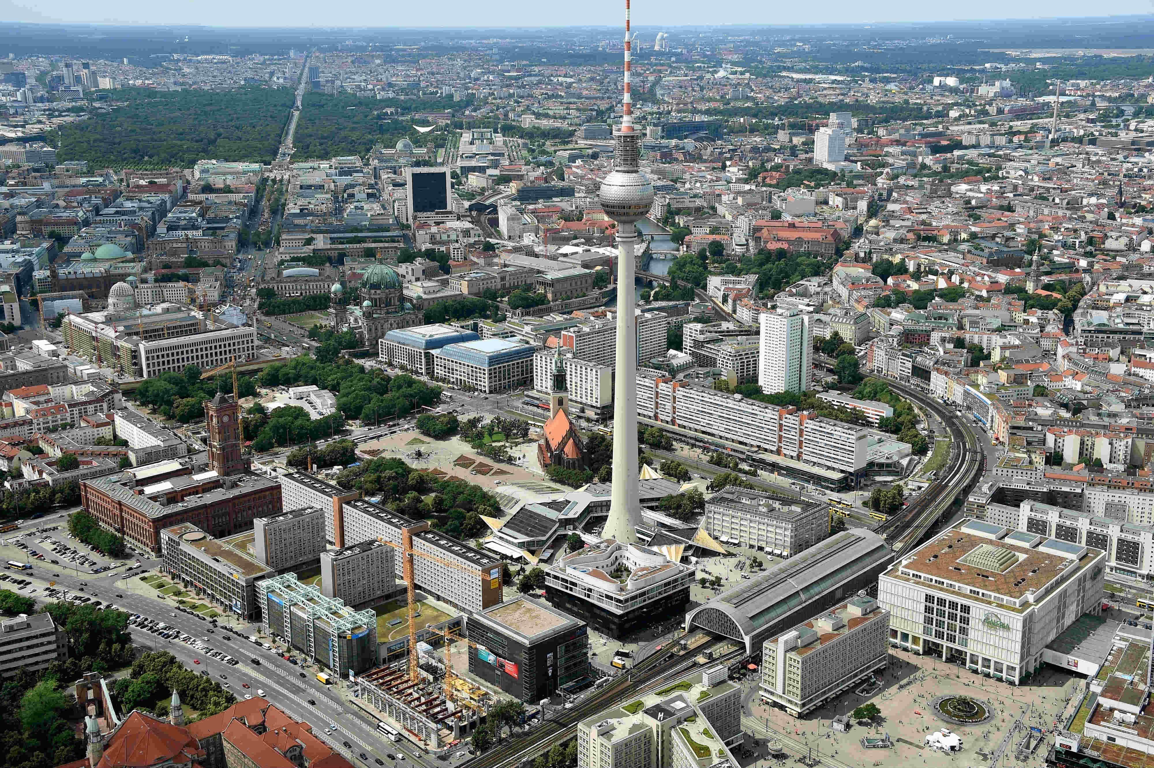 Berlin Von Oben Aus Einem Zeppelin Berlin Von Oben Berlin Stadt Berlin