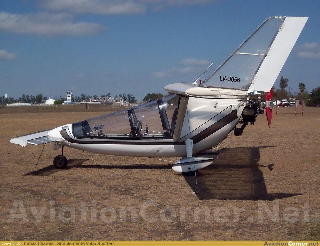 AviationCorner net - Aircraft photography - Falcon Golden