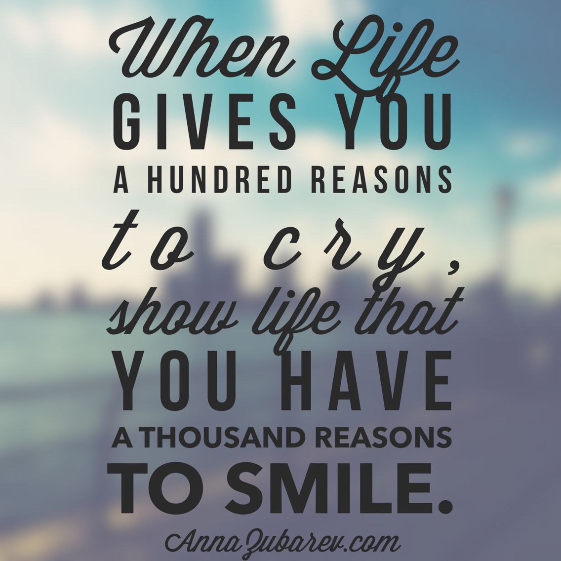 Positive Life Quotes On Smile In Hindi