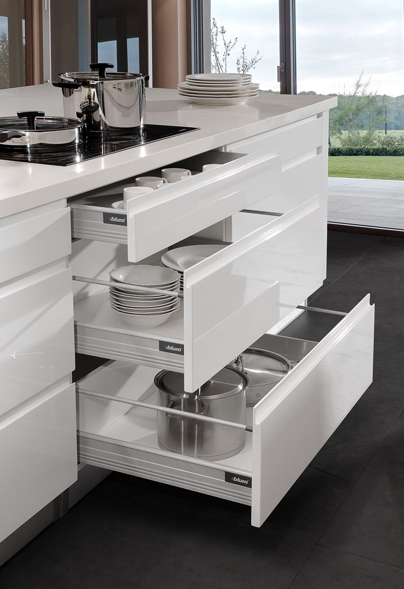 The Drawers Are Dtc Tandem Soft Closing With An 18mm Bottom And Back With A White Powder Coat Fini Kitchen Wardrobe Design Modern Kitchen Design Modern Kitchen