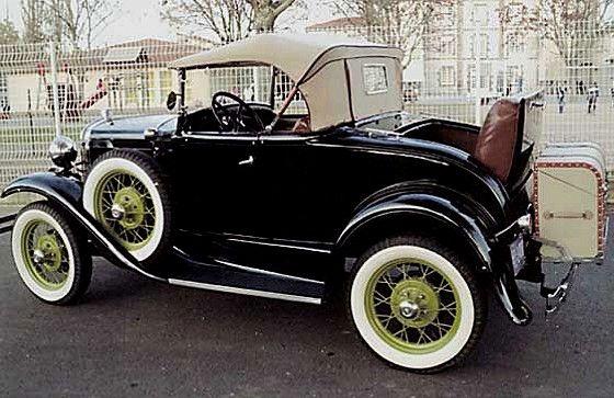 FORD A roadster Luxe 1931 Une voiture Ford A roadster de Luxe année 1931, 19 CV, ancienne et de ...
