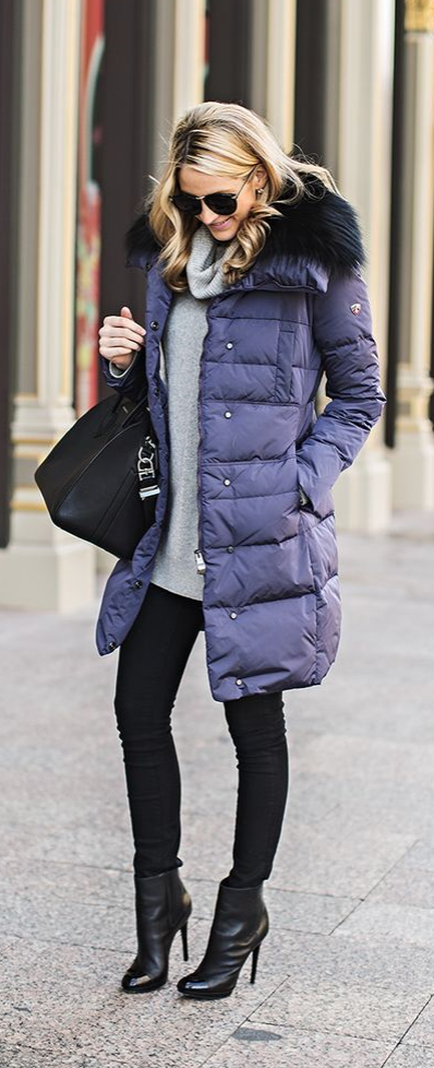 Puffer Coats! Here's proof that puffer coats can be stylish during the fall/winter season! Try styling yours over basic tunic tops and sweaters, and pair with skinnies or legging with some great boots/booties! Would you wear this style?