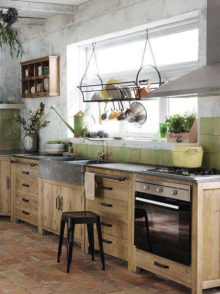 Cocina rústica  muebles de madera y encimera de piedra Más 59db24dc1b64
