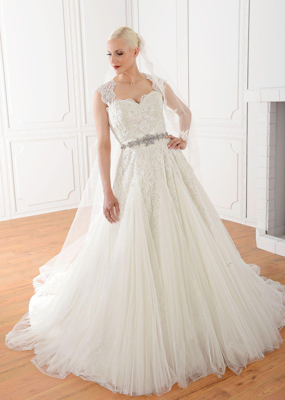 Fur wedding dress  Unsere Bestseller in Kerpen und München Terminvereinbarungen unter