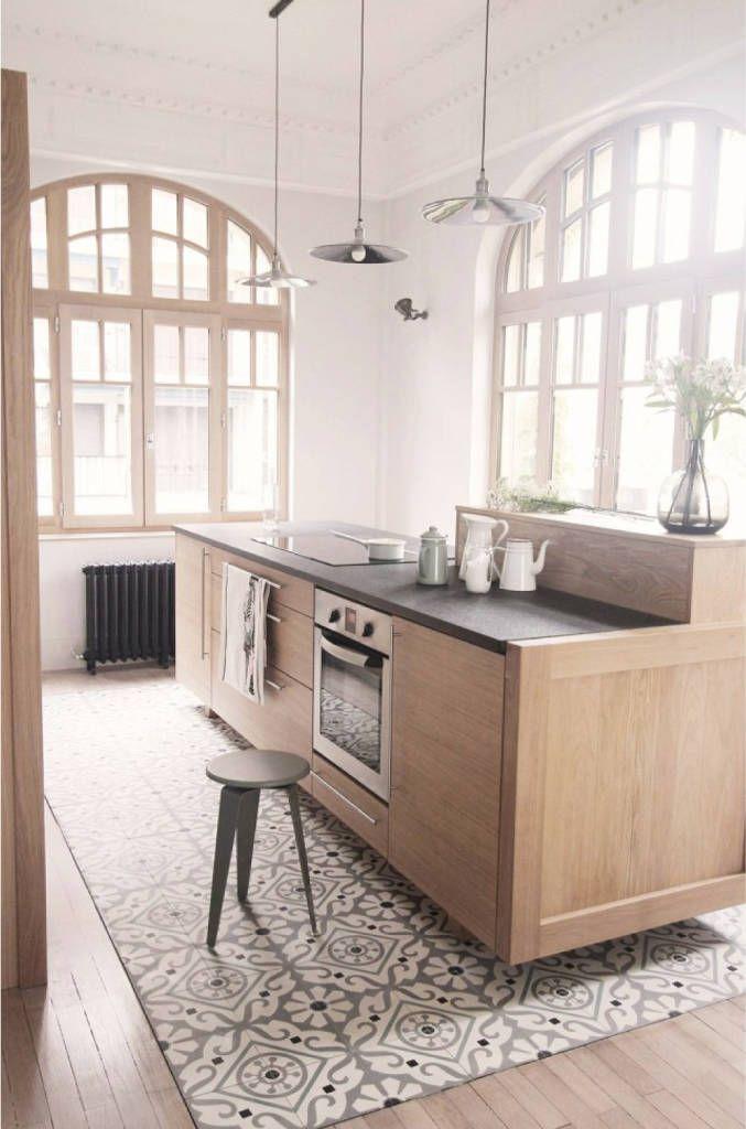 Cementine e parquet in cucina: cucina in stile di esperanto ...