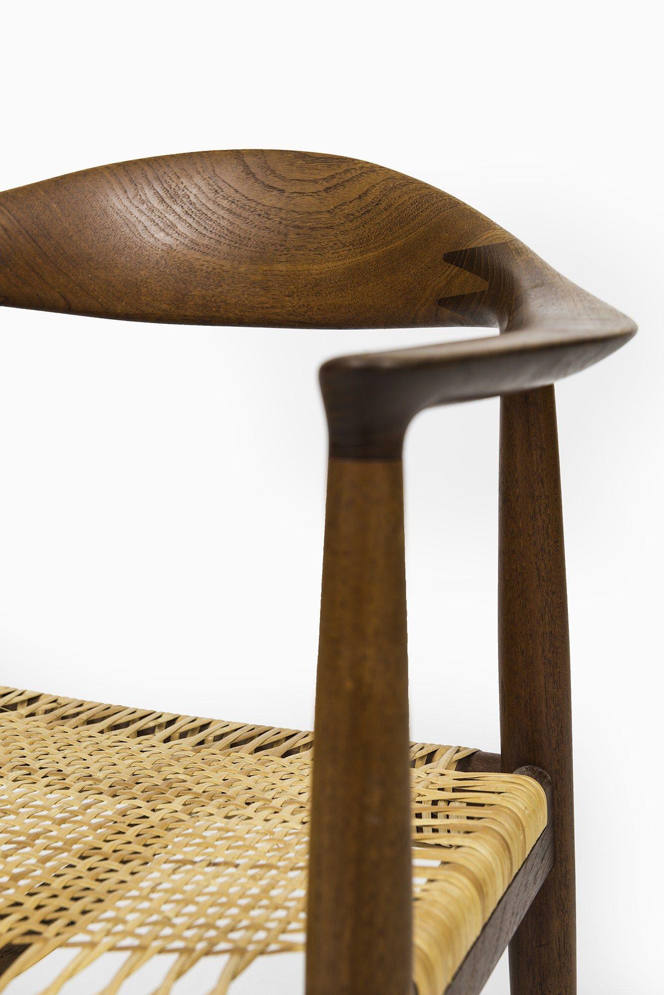 Hans Wegner The Chair by Johannes Hansen at Studio Schalling  sc 1 st  Pinterest & SOLD | Pinterest | Hans wegner Studio and Danish