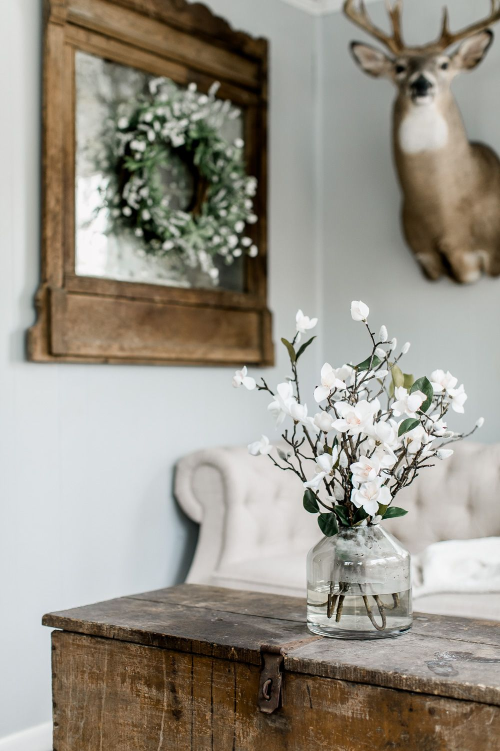 Simple Spring In The Living Room Spring farmhouse