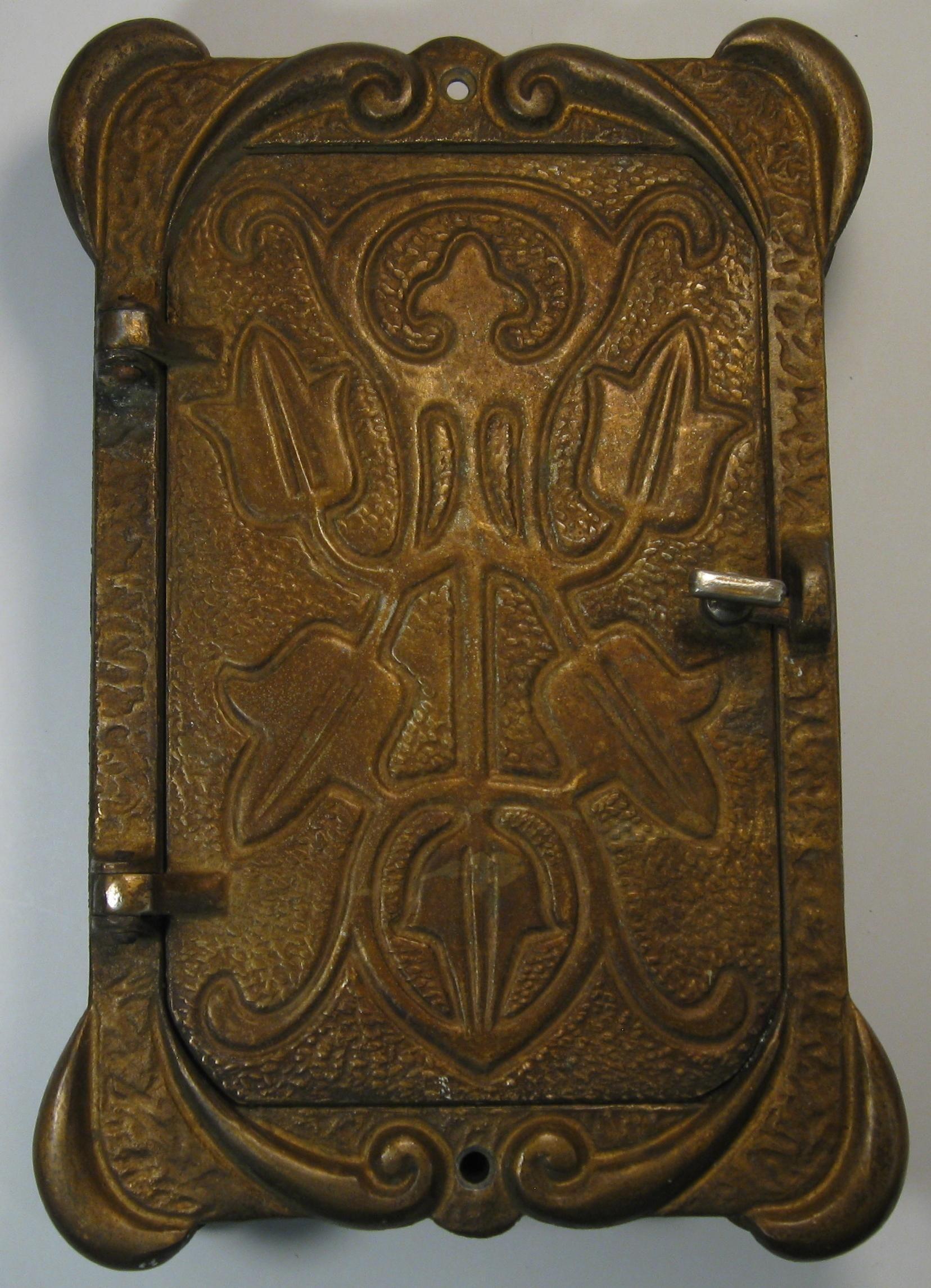 Use unusual door knockers art nouveau to delight your door doors